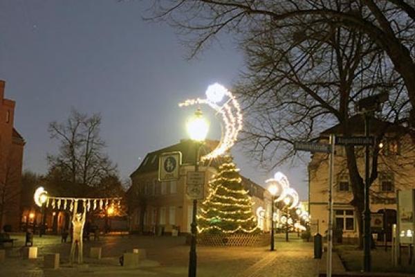 sdt-weihnachtsbeleuchtungD36A34A1-1BBB-47D5-7C74-D9C42D8C3AD7.jpg